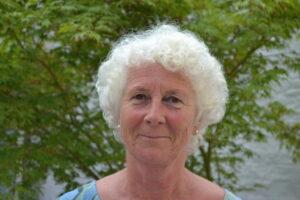 Vrijwilliger Veronique geeft persoonlijke begeleiding aan mensen met kanker in Het Majin Huis in Gent